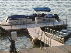Maumee River Docks and Lifts
