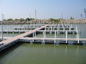 Aluminum truss floating docks, Marblehead Docks and Lifts