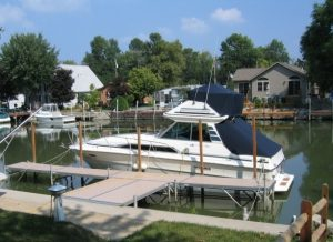 Dock systems for lakes