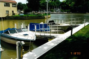Rocky River floating docks by Metal Craft