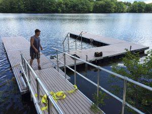 Arlington Pond Docks and Lifts